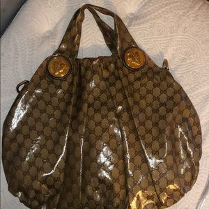 Gucci Large patent leather Hysteria Bag